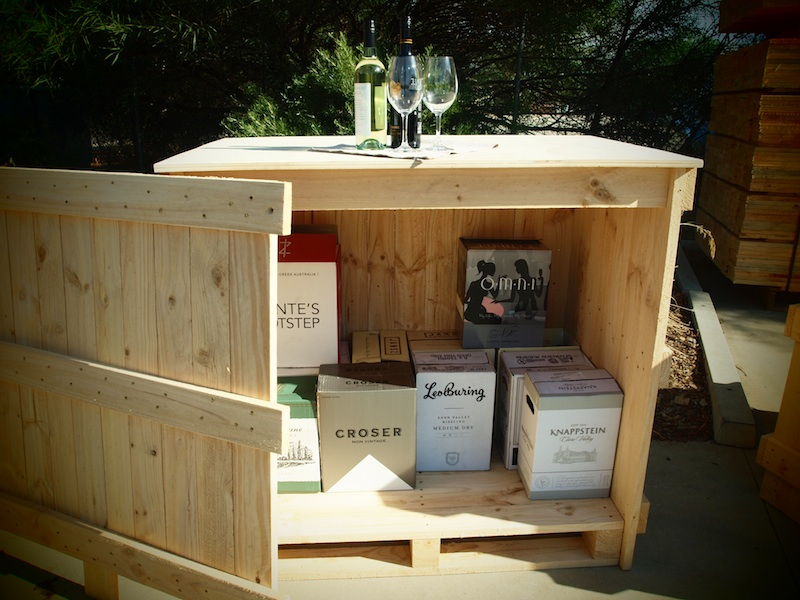 wine_display_crate